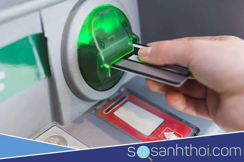 Trường hợp bị nuốt thẻ ATM Vietcombank thì phải làm sao?