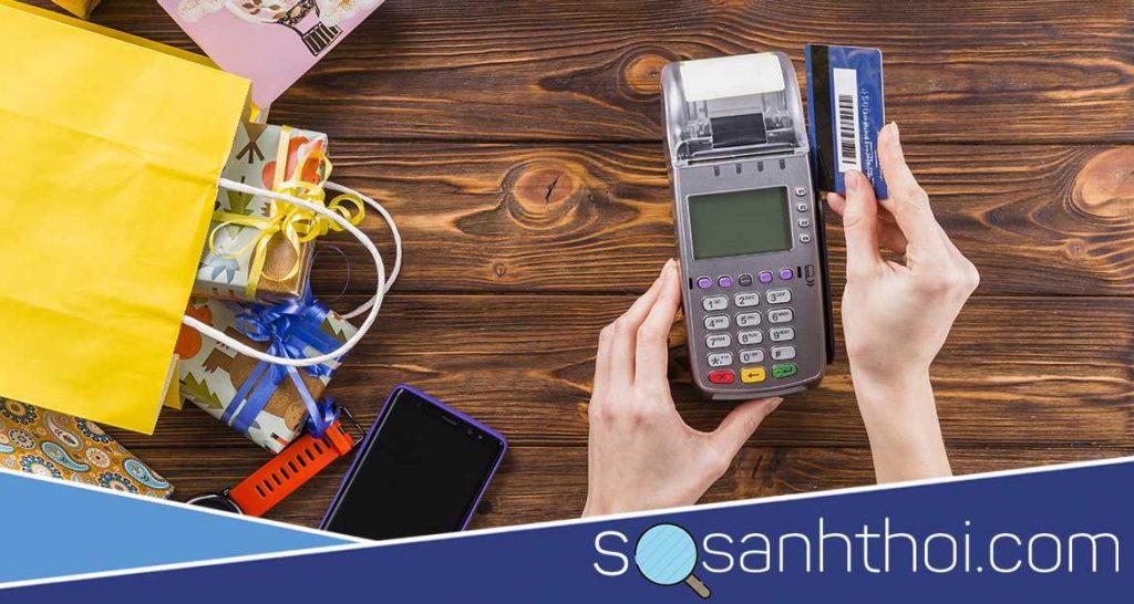Sửa Cột Có phát sinh bất kỳ phí nào về việc rút tiền mặt ở trụ ATM Sacombank hay không?